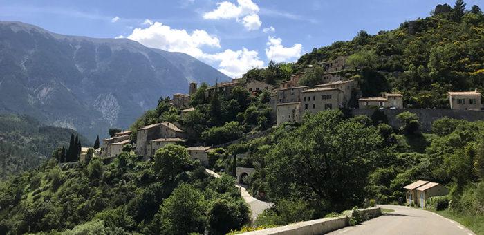 Coup de cœur en Provence : le village de Brantes